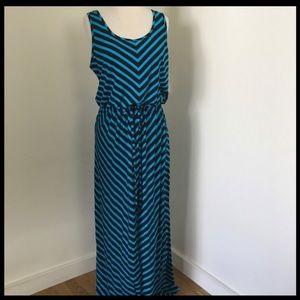 Drawstring Waist Maxi Dress